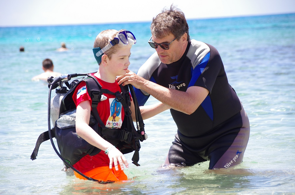 Picture of a pupil wearing scuba diving equipment